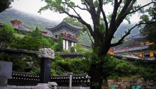 South Korea temple romantic
